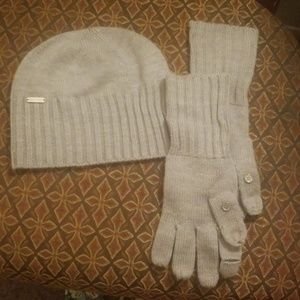 Calvin Klein set beanie & gloves